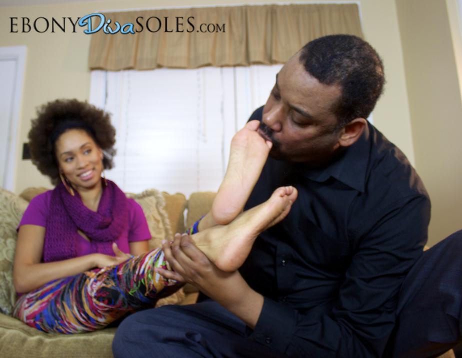 Ebony diva feet